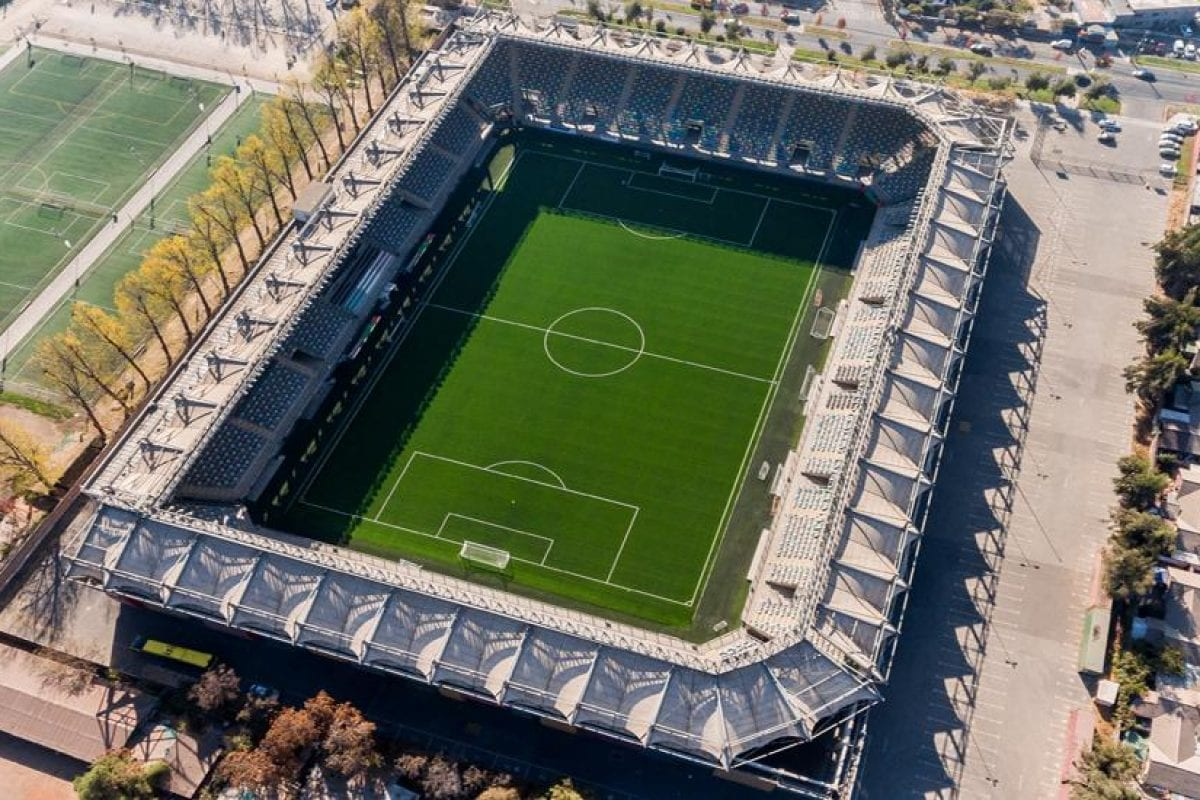 Un nouveau gazon synthétique pour le championnat du Chili de football