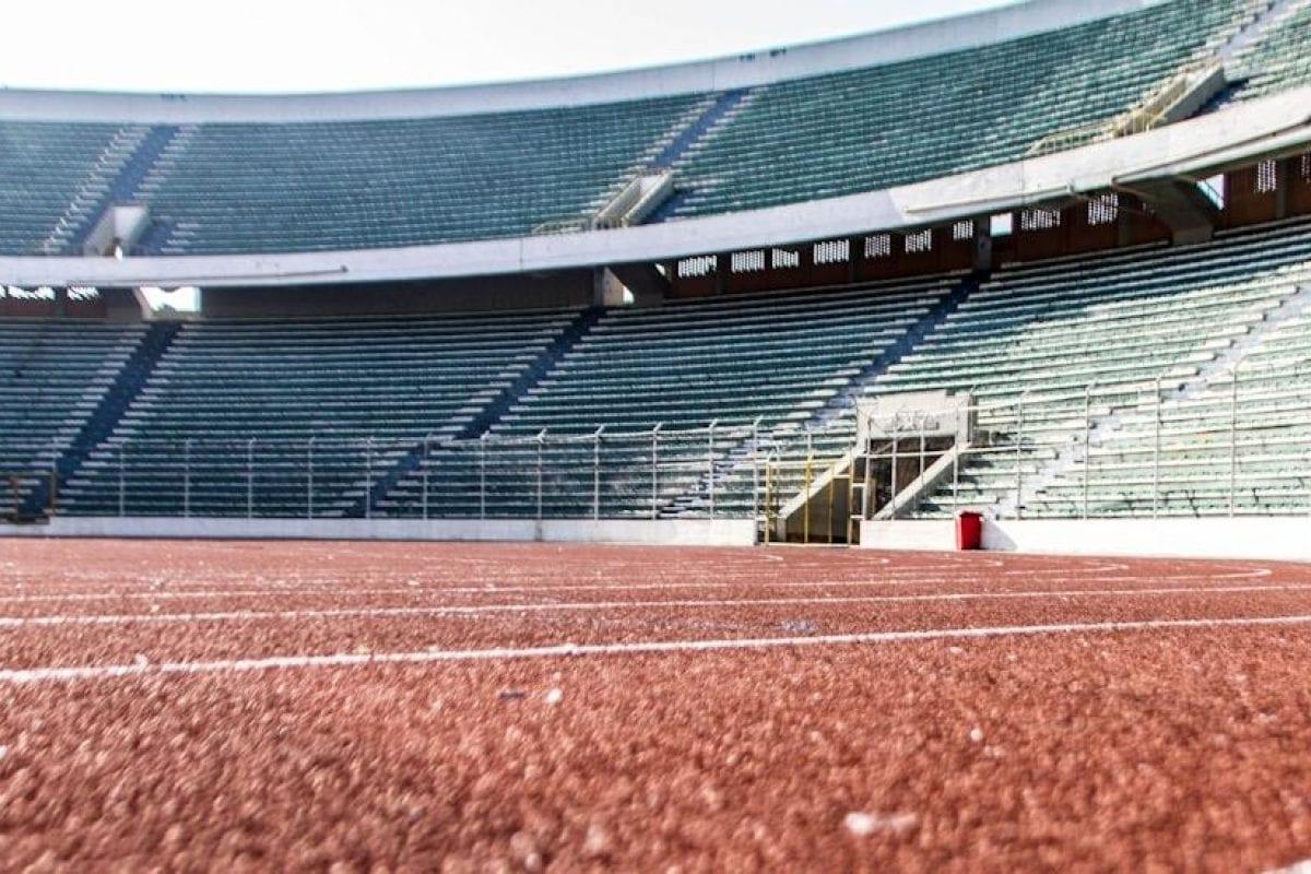 Revêtement synthétique Rekortan M pour le Estadio Hernando Siles