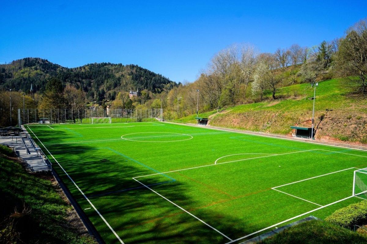 Un nouveau gazon synthétique pour le FC Lichtental 1930 e.V.